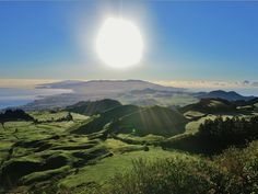 Os Açores nunca estiveram tão perto. Reserve já as suas férias nos Açores com a nossa promoção especial :) www.bensaude.pt/blog/hotel-cars/