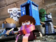 Brilliant Doctor Who papercraft by Ryan Hall. (No templates, sadly; he sells all his work individually. Check his site for more, though!)