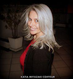 Katia Miyazaki Coiffeur - Salão de Beleza em Floripa: Corte Repicado - Cabelo loiro - Platinado - Hair B...