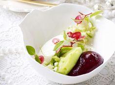 griekse yoghurt met appelsorbet en cassisschuim