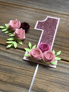 One Year Cake Topper, Floral Smash Cake, Floral Pink Cake Topper, Floral Topper, first birthday floral topper - Geburtstag 1st Birthday Cake Topper, First Birthday Decorations, Diy Birthday, 1st Birthday Parties, Birthday Banners, First Birthday Cards, One Year Birthday, Baby Girl Birthday, Birthday Photos
