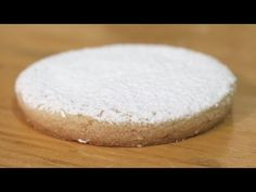 POLVORON SEVILLANO | PANADERÍA MEXICANA - YouTube Mexican Bakery, Mexican Food Recipes, Youtube, Crack Crackers, Flower, Cookies, Sweets, Mexican, Mexican Recipes