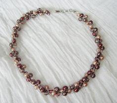 elegant verstrickt... Necklaces, Elegant, Classy, Chic, Chain, Collar Necklace, Wedding Necklaces