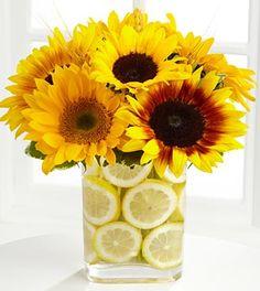 Love the lemon vase-filler Lemon Centerpieces, Sunflower Centerpieces, Fall Flower Arrangements, Fall Flowers, Beautiful Flowers, Wedding Flowers, Sun Flowers, Purple Flowers, Lemon Vase