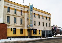 Buffalo Hotel Canadian Things, Red Deer, Old Buildings, Historical Photos, Buffalo, Hotels, Street View, Times, History