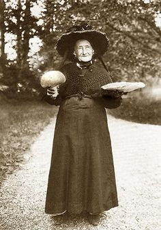 Real-witch-photo-vintage.  White magic or not, that's a little too close to child witch visions...
