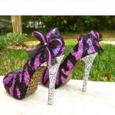 Zebra print and purple my 2 favorite things in one shoe!!!!