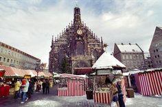 Nürnberger Christkindlesmarkt, 1989 franzroth/Timeline Images Timeline Images, Big Ben, Building, Kustom, Buildings, Construction
