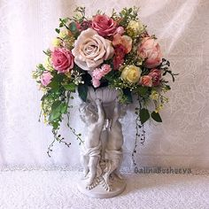 Silk Flower Arrangements, Centre Pieces, Artificial Flowers, Silk Flowers, Floral Design, Floral Wreath, Wreaths, Crafts, Tudor