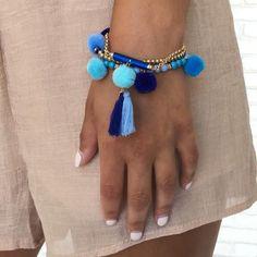 Perfect Pom Pom Bracelet Set in Blue Diy Tassel Earrings, Jewelry Design Earrings, Tassel Bracelet, Funky Jewelry, Tassel Jewelry, Girls Jewelry, Cute Jewelry, Bracelet Set, Beaded Bracelets