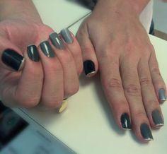Nail Art degradê por Mary Garcia na cliente Clarissa Machado