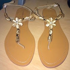 Gorgeous Flower Diamond Sandals Never wore, I recently purchase this for Easter, but it didn't really go with my outfit. :( Nothing is wrong with it! Very comfortable and easy to wear! Madeline Stuart Shoes Sandals