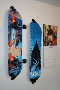 Skateboard Wall Mount, Display Rack Hanger (Burton White)