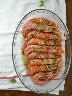 Gambas al horno con ajo y perejil Fish Stew, Spanish Food, Spanish Recipes, Sin Gluten, Asparagus, Tapas, Zucchini, Shrimp, Seafood