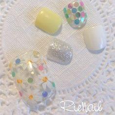 透け感と夏っぽさを同時にGETできちゃう♡クリアフラワーネイルがしたい! | MERY [メリー] Pretty Toes, Nail Arts, Toe Nails, Pedicure, Japanese, Instagram, Design, Feet Nails, Toenails