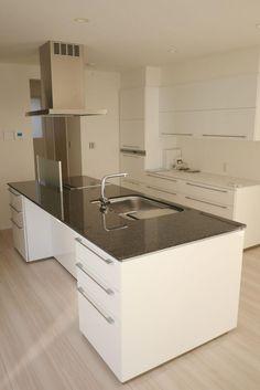 ... Black Granite Kitchen, Kitchen Photos, Sink, Interior, Furniture, I Smart, Home Decor, Naver, Kitchens