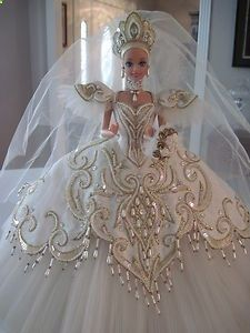 Bob Mackie Empress Bride 1992 Barbie Doll--I wanted this doll in the worst way! Bob Mackie Empress Bride 1992 Barbie Doll--I wanted this doll in the worst way! Barbie Bridal, Barbie Wedding Dress, Wedding Doll, Barbie Gowns, Barbie Dress, Barbie Clothes, Barbie E Ken, Barbie Mode, Beautiful Barbie Dolls