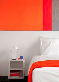 Hotel Pantone interior room #colordesign