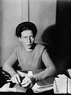 Philosopher and novelist Simone de Beauvoir, Paris, France, 1945 Chimamanda Ngozi Adichie, Famous Feminists, Jean-paul Sartre, Famous Philosophers, Feminist Books, Interview, Dangerous Woman, Famous Celebrities, Women In History
