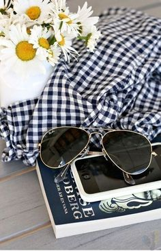 bb8d27ac26  Ray  Ban  Sunglasses 2016 Women Fashion Style From USA Glasses Online.Love