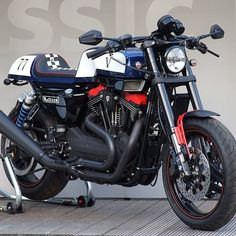 """Cafe Racers Magazine 🇪🇸🇪🇺 στο Instagram: """"⚡⚡ ¿Has visto que buena pinta tiene esta HD #sportster XR1200 Metisse? #bikebuilder 🛠️…"""" Hd Sportster, Cafe Racer Magazine, Bike Builder, Cafe Racers, Motorcycle, Vehicles, Instagram, Motorcycles, Car"""
