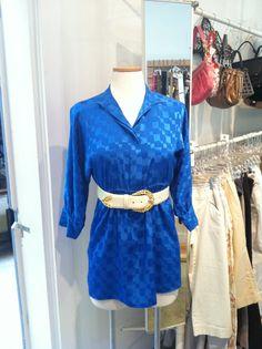 Vintage geometric tunic and white leather belt Store Mannequins, White Leather, Tunic, Belt, Vintage, Belts, Tunics, Vintage Comics