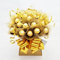 Items similar to Beautiful Ferrero Rocher Chocolate Bouquet made to order. on Etsy Chocolate Hampers, Chocolate Boxes, Ferrero Rocher Chocolates, Birthday Candy, Chocolate Bouquet, Candy Bouquet, Friendship Gifts, How To Make Chocolate, Gift Baskets
