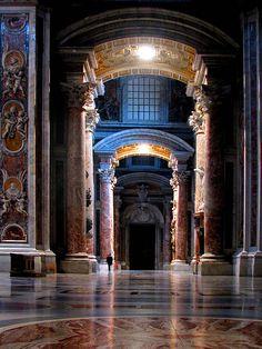 St. Peter's Basilica, Vatican City, Rome, Italy. Basílica de San Pedro, Ciudad del Vaticano.