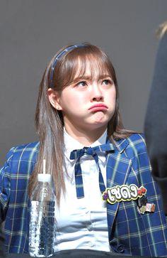 ♔ Kim Se Jeong → ♔ The official group Kim So Eun, Kim Sejeong, Kim Ji Won, Cute Korean Girl, South Korean Girls, Korean Girl Groups, Jeon Somi, Kdrama Actors, Ioi