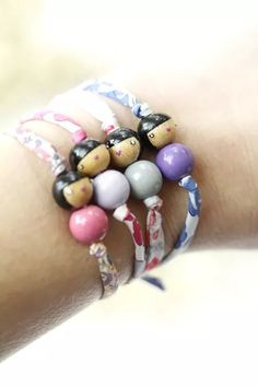 , Best Picture For DIY Bracelet ribbon For Your Taste You are looking for s Doll Crafts, Bead Crafts, Jewelry Crafts, Wood Peg Dolls, Clothespin Dolls, Beaded Jewelry, Handmade Jewelry, Vintage Jewelry, Bijoux Diy