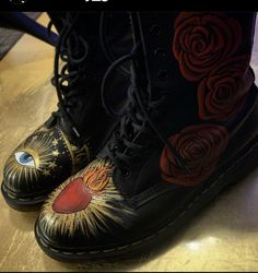 Combat Boots, Heart, Shoes, Fashion, Moda, Zapatos, Shoes Outlet, Fashion Styles, Shoe
