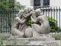 Pictures from somewhere else French Sculptor, Garden Sculpture, Saint Laurent, Paris, Outdoor Decor, Pictures, Sculptures, Photos, Montmartre Paris