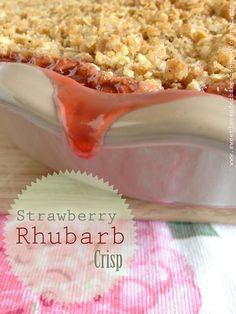 Sweet Lavender Bake Shoppe: strawberry rhubarb crisp...