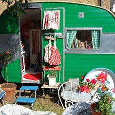 HAPPY LOVES ROSIE: vintage caravan interviews