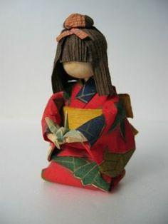 blog.livedoor.jp- Washi, Diy And Crafts, Paper Crafts, Japanese Paper, Doll Crafts, Origami Paper, Cute Dolls, Asian Art, Paper Dolls