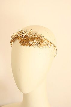 Oh my. // by portobello- gorgeous! Lovely delicate leaf crown for an elf or fairy #RenFest