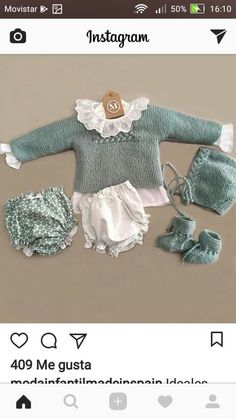 New crochet dress baby newborns Ideas Crochet Baby Jacket, Crochet Baby Beanie, Knit Baby Booties, Knitting For Kids, Baby Knitting Patterns, Spanish Baby Clothes, Baby Girl Items, Hipster Baby Clothes, Knitted Baby Clothes