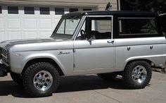 1967 Ford bronco...I'm in love;)