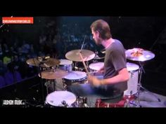 Benny Greb slays these poor drums. Amazing.