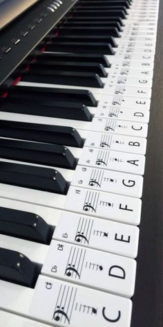 This set of label stickers is for a 61 key piano or keyboard, Labels are in order ready to be placed on the keys with middle C highlighted for easy reference. Labels are easily removed if needed. Each Label is 20mm wide x 48mm long on an Opaque Gloss white paper. The labels will help anyone wanting to learn piano, with the letter of the key and note placement on the bar to aid and help speed up the process of learning piano. LET'S MAKE PIANO EASIER SO MORE CAN ENJOY ITS BEAUTIFUL MUSIC. A...