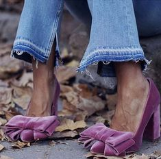 Violet Bow Chunky Heels Pumps - Red Chunky Heels Pumps for Women for Date, Going out Chunky Heel Pumps, Pumps Heels, High Heels, Bow Heels, Flats, Suede Heels, Stilettos, Looks Street Style, Looks Style
