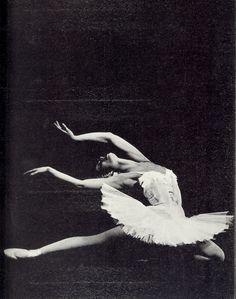 Maya Plisetskaya as White Swan
