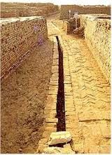 Mohenjo-Daro sewer system one of the many technological advances in the Indus River Valley Bronze Age Civilization, Indus Valley Civilization, Ancient Egypt, Ancient History, Harappan, Mohenjo Daro, Sewer System, History Of India, Story Of The World