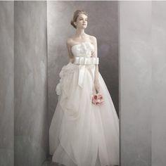 wedding dress - http://zzkko.com/n215422-oney-Labelle-sweet-flowers-wedding-2013-latest-women-vera-wang-wedding-dress-Korean-Bra-trailing.html $22.36
