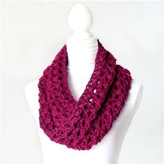 Free Crochet Basic Chunky Cowl Pattern. Crochet Me - also great pattern for an infinite scarf - look for it in blue