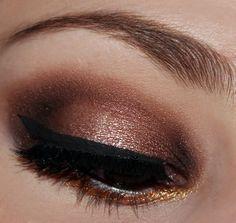 monochromatic eyes gold - Buscar con Google