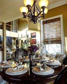 Let the weekend begin!  Creating a #fabfallfridays #tablescape for #entertaining special friends.  I wig out when it comes to entertaining because I'm such a perfectionist.....anyone else suffer from the wigs?  #interiordesigner #interiordesign #decorating #diningroom #falltablescape #falldecor #housebeautiful #avana_design