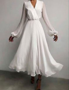 Elegant Outfit, Elegant Dresses, Pretty Dresses, Beautiful Dresses, Casual Dresses, Polka Dot Long Dresses, Modest Fashion, Fashion Dresses, Ladies Fashion