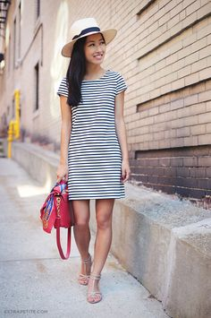 https://flic.kr/p/fmshuU | Striped Shift Dress1