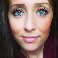Younique's Splurge Cream Shadow in Tenacious with Glamorous Mineral Eye Pigment as lower lash liner. BB cream highlight and contour in Cream and Caramel, Seductive Blusher and Sunset Bronzer on Cheeks. Irresistable to fill in the brows. Lovable Lip gloss. 3D Fiber Lash Mascara. Get your look at www.3dlashjunkie.com